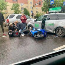 Per dieną į avarijas pateko du motociklininkai, vienas jų – reanimacijoje