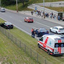 T. Narbuto gatvėje į avariją pateko trys automobiliai, susidarė spūstys