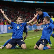 Italijos futbolininkai po pratęsimo palaužė austrus ir iškopė į ketvirtfinalį