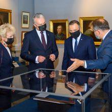 Lietuvos ir Lenkijos prezidentai atidarė Abiejų Tautų tarpusavio įžado metinėms skirtą parodą
