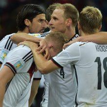Vokietijos rinktinė tik po pratęsimo įrodė pranašumą prieš Alžyro futbolininkus