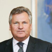 Buvę Lenkijos prezidentai prieš rinkimus perspėjo apie autoritarines tendencijas