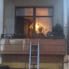Policininkams patekti į butą A. Mickevičiaus gatvėje padėjo ugniagesiai