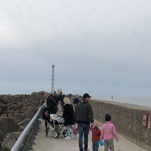 Šiltas oras klaipėdiečius atviliojo prie jūros