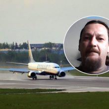 Keleivis papasakojo, kas įvyko orlaivyje per užgrobimą