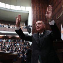 R. T. Erdoganas nemano, kad JAV Turkijai įves sankcijas dėl rusiškų raketų sistemų
