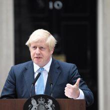 B. Johnsonas tvirtina, kad Didžioji Britanija pasitrauks iš ES spalio 31-ąją