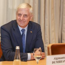 """Parlamentaras A. Dumbrava pasitraukė iš """"tvarkiečių"""" partijos"""
