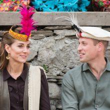 Princas Williamas su žmona Kate apsilankė klimato kaitos paveiktame kalnų regione