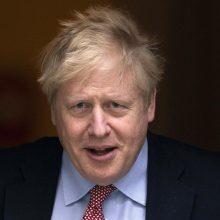 JK premjeras žada pasitelkti kovai su koronaviruso krize infrastruktūros revoliuciją