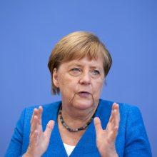 A. Merkel ragina siekti kompromiso teisminiame ginče su Lenkija