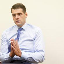Seimas svarstys, ar daugiau asmenų drausti valstybės lėšomis