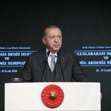 """R. T. Erdoganas pavadino ES """"įtakos neturinčiu dariniu"""""""