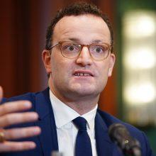 Vokietijos sveikatos apsaugos ministras užsikrėtė COVID-19
