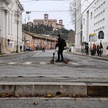 Italija žada koronaviruso apribojimus pratęsti iki balandžio 6 d.