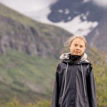 Klimato aktyvistė G. Thunberg gavo pirmąją vakcinos nuo COVID-19 dozę