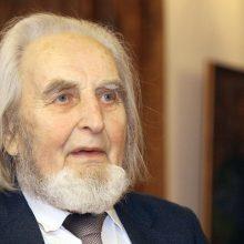 Mirė rašytojas V. Girdzijauskas