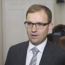 """Seimas pritarė """"darbiečių"""" iniciatyvai dėl didesnių vaiko pinigų"""