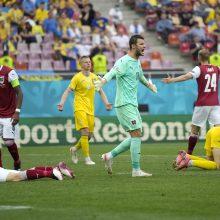 Austrijos futbolo rinktinė pirmą kartą pateko į Europos čempionato aštuntfinalį