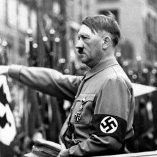 Vokietijos teismas leido bažnyčiai pasilikti Hitleriui skirtą varpą