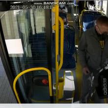 Klaipėdoje autobuso vairuotojas iš keleivio sulaukė smūgių