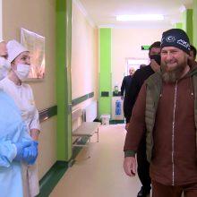 Dėl įtariamo susirgimo COVID-19 hospitalizuotas Čečėnijos lyderis R. Kadyrovas