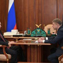 Rusijoje švelninant karantino ribojimus V. Putinas pasirodė Kremliuje