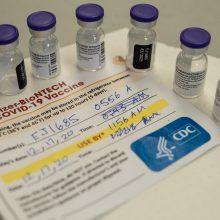 """Singapūras leido paauglius skiepyti """"Pfizer-BioNTech"""" vakcina nuo COVID-19"""