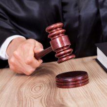 Teismas gailestingas, aferistas siautėja