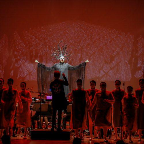 """Opera """"Kaulo senis ant geležinio kalno""""  © Vytauto Petriko nuotr."""