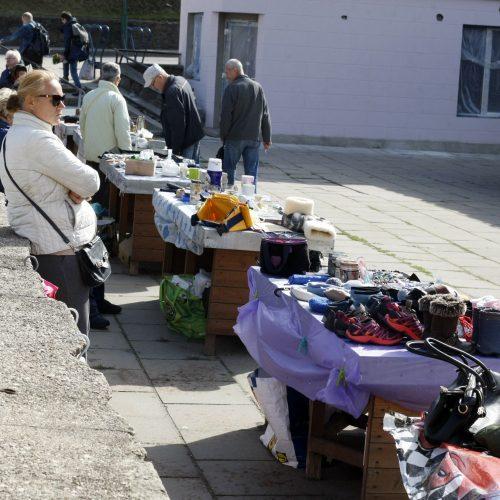"""""""Blusų"""" turgus Klaipėdoje  © Vytauto Liaudanskio nuotr."""