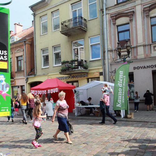Vilniaus gatvė priminė tarpukarį  © Laimučio Brundzos nuotr.