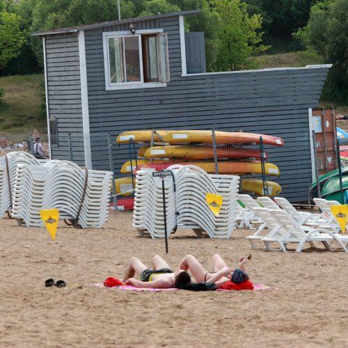 Kauniečiai paplūdimiuose  © Laimučio Brundzos nuotr.