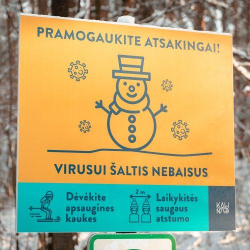 Kauniečiai ir toliau neatsispiria žiemos pramogoms  © Eitvydo Kinaičio nuotr.