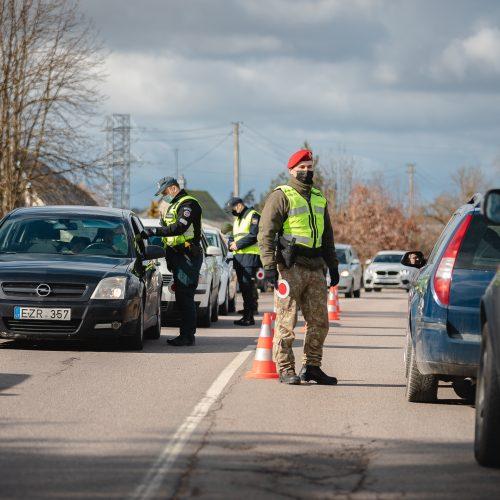 Šeštadienį prie Kauno judėjimą kontroliuoja pareigūnai