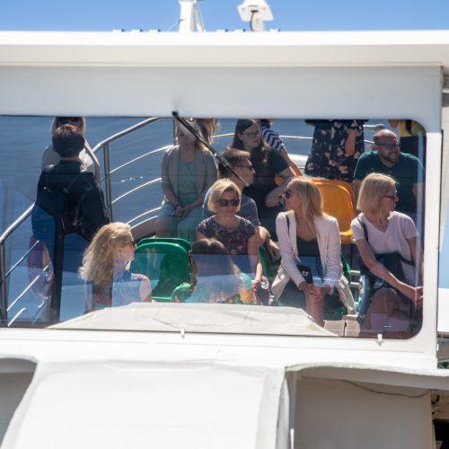 """Kaune pristatytas pramoginis laivas """"Žalgiris""""  © Justinos Lasauskaitės, Vidaus vandens kelių direkcijos nuotr."""