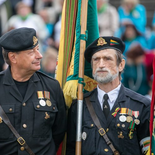 Tremtinių ir politinių kalinių sąskrydis Ariogaloje  © Justinos Lasauskaitės nuotr.