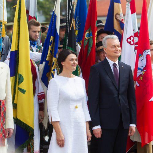 Miestų ir miestelių vėliavų pagerbimo ceremonija