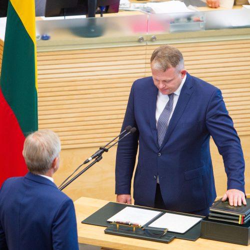 Prisiekė trys nauji ministrai  © I. Gelūno / Fotobanko nuotr.