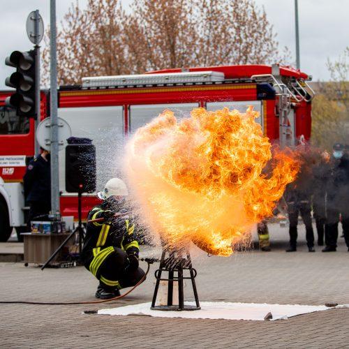 Ugniagesiai mini Šv. Florijono dieną  © I. Gelūno / Fotobanko nuotr.