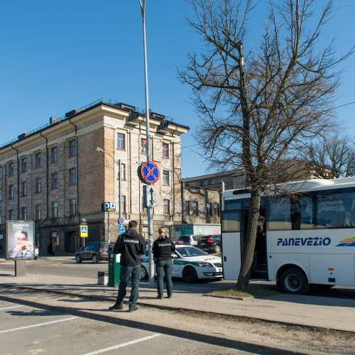 Viešbutyje Vilniuje susimušė karantinuoti vyrai