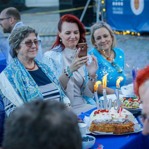 """""""Mėlynoji vakarienė"""" Klaipėdoje  © V. Petriko, A. Kubaičio nuotr."""