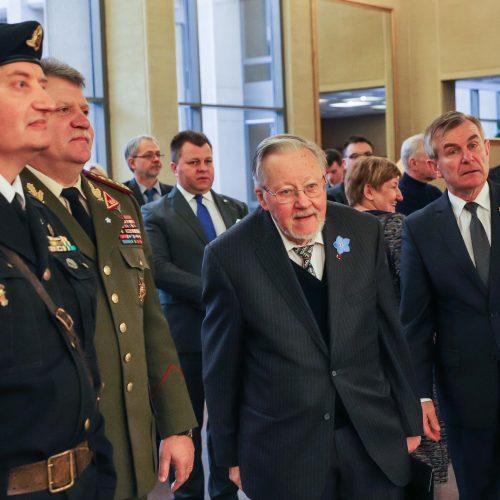 Laisvės gynėjų rikiuotė Seime  © Dainiaus Labučio / ELTOS nuotr.