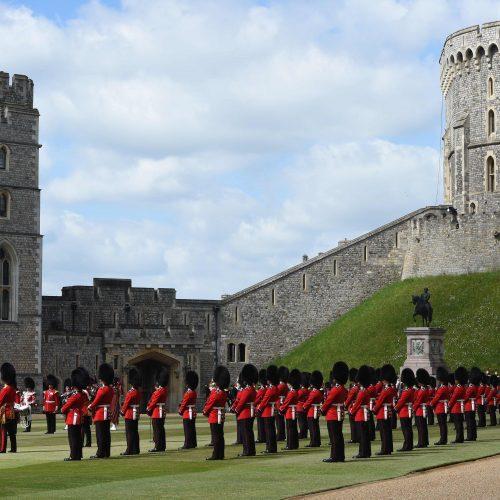 Karalienė Elizabeth II mini oficialųjį gimtadienį  © Scanpix nuotr.