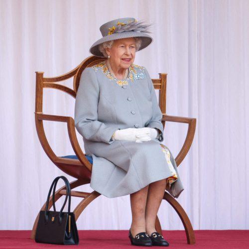 Karalienė Elizabeth II mini oficialųjį gimtadienį