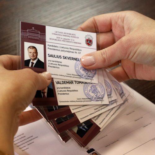 Kandidatams į prezidentus įteikti pažymėjimai  © D. Labučio/ELTOS nuotr.