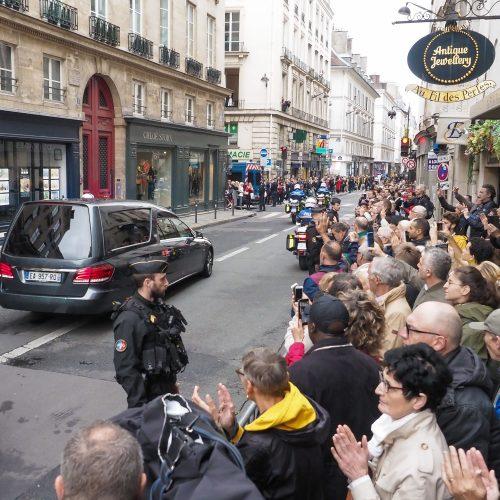 Prancūzai atsisveikina su J. Chiracu  © Scanpix nuotr.