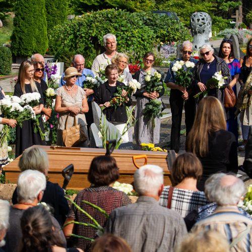 Atsisveikinimas su A. Kmieliausku  © P. Peleckio / Fotobanko nuotr.