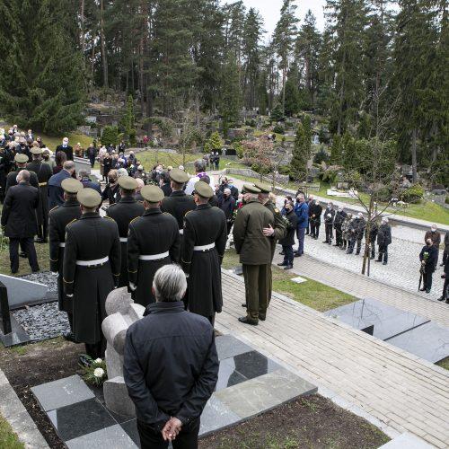 Seimo narys K. Glaveckas atgulė amžinojo poilsio