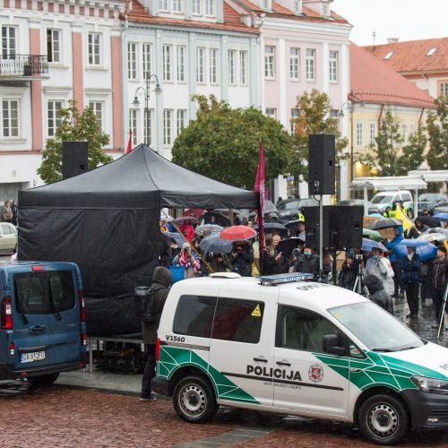 Protesto akcija Vilniuje prieš ribojimus nepasiskiepijusiems